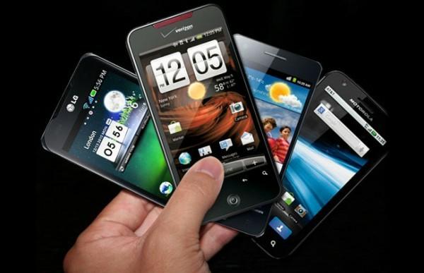 Half of American Mobile Customers Own Smartphones, Says Nielsen