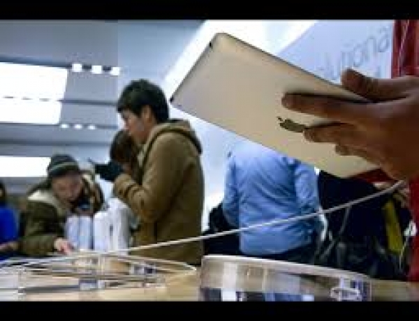 Apple Sells 3 Million New iPads in First Weekend