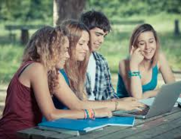 Teens And Blogs – Internet Safety Wake-Up Call